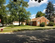 7654 West Berwyn Avenue, Chicago image
