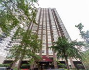 525 West Hawthorne Place Unit 2306, Chicago image