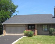 20 East Country Club Court, Palatine image