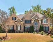 2471 Walkers Glen Ln, Buford image
