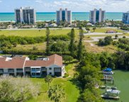 3207 S Lakeview Circle Unit #6204, Hutchinson Island image