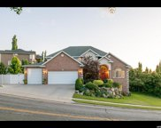 65 N Oakwood Dr E, North Salt Lake image