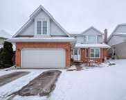 15 Sioux  Crescent, Woodstock image