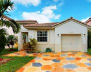 1511 Sw 106th Ave, Pembroke Pines image