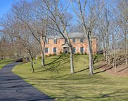 8125 N Clippinger  Drive, Indian Hill image