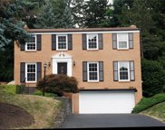 2515 Chapelwood Dr, Upper St. Clair image