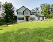 1010 Fabers Rd, Reading image