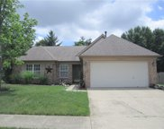 10827 Gate  Circle, Fishers image