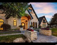 4904 S Viewmont St E, Holladay image