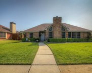 805 Ramblewood Drive, Lewisville image