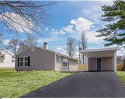 10 Gentle Road, Levittown image
