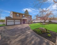6 Parkway S Drive, Commack image
