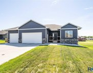704 N Blue Bell Ln, Sioux Falls image