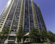 3930 North Pine Grove Avenue Unit 2813, Chicago image
