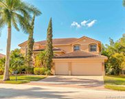 1795 Victoria Pointe Cir, Weston image