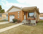 7521 North Oconto Avenue, Chicago image