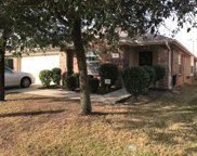 2933 Milby Oaks Drive, Fort Worth image