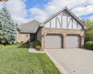 65 Berkshire Court, Burr Ridge image