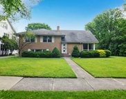 531 North Oak Street, Hinsdale image