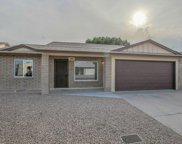401 E Wickieup Lane, Phoenix image