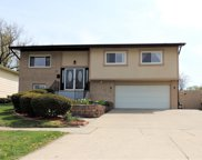 1029 S Finley Road, Lombard image
