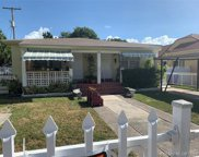 633 Nw 23rd Pl, Miami image
