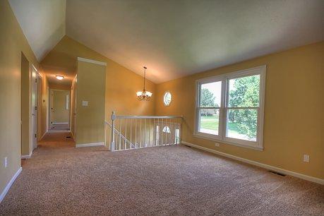 442 Quail Run - Living Room
