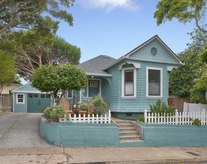 310 11th St, Pacific Grove
