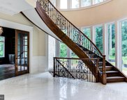 8906 Old Dominion Dr, Mclean image