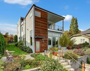 7527 32nd Ave SW, Seattle image
