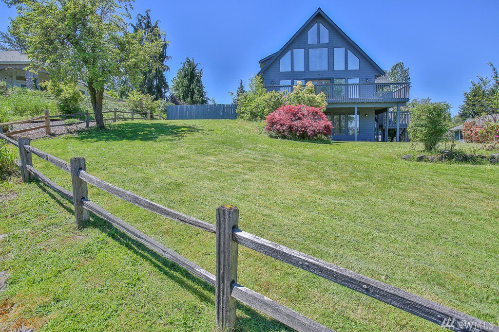 1444 9th st sw puyallup wa 98371 puyallup mls 1130840 for Custom home builders puyallup wa