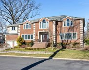 565 South Forest Drive, Teaneck image