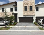 7874 Nw 105th Ct Unit #7874, Doral image