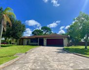 405 SE Seabreeze Lane, Port Saint Lucie image