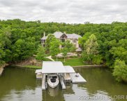 421 Grey Oak Drive, Sunrise Beach image