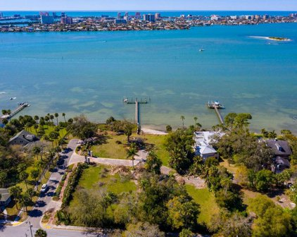 300 Palm Bluff St, Clearwater