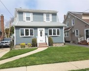 15 Huntington  Avenue, Lynbrook image