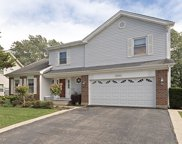 1001 Pear Tree Lane, Wheeling image
