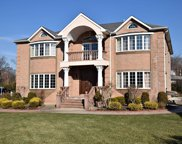 304 Fairway Dr, Farmingdale image