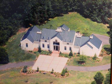 North Club Fredericksburg Home for Sale