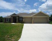 5281 NW West Lovett Circle, Port Saint Lucie image