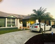 5620 Hawkes Bluff Ave, Davie image