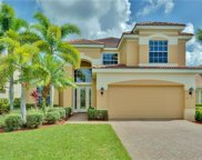 9133 SHADOW GLEN WAY, Fort Myers image