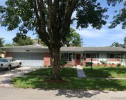 2061 Nw 88th Ter, Pembroke Pines image