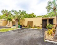 6746 Kingsmoor Way, Miami Lakes image