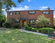 5 Hillside  Close, White Plains image