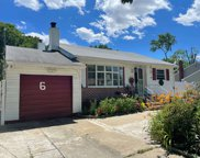 6 8th  Avenue, Brentwood image
