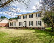6 Cobblestone Road, Greenville image