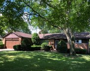 330 North Branch Road, Glenview image