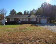 2809 Bronzie Lawson Road, Archdale image